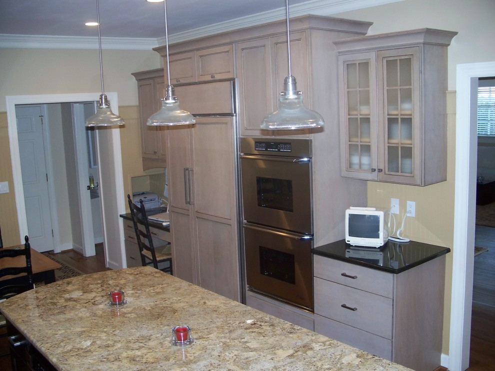 Driftwood Gray Traditional Kitchen Wilmington By Shoreline Cabinet Company