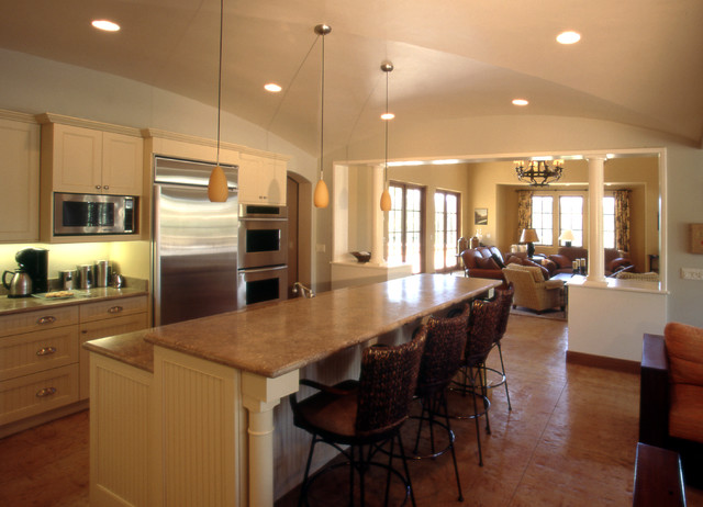 Dry Creek Valley Home - Connection traditional-kitchen