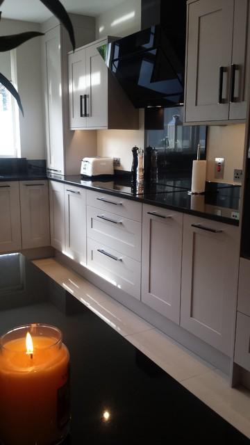 Dublin Kitchen Grey Painted U Shape With Island Modern Kitchen Dublin By Dee Design