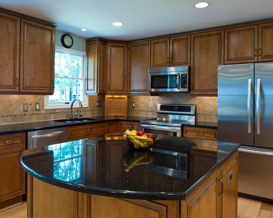 Black galaxy granite kitchen design ideas pictures for White kitchen cabinets with black galaxy granite