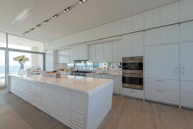 Dune Road, Quogue contemporary-kitchen