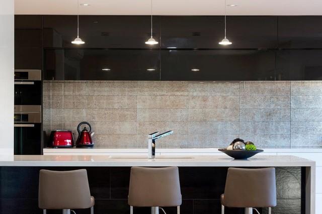 Dune Silver Glass Splashback Contemporary Kitchen Perth By Myaree Ceramics Houzz Au