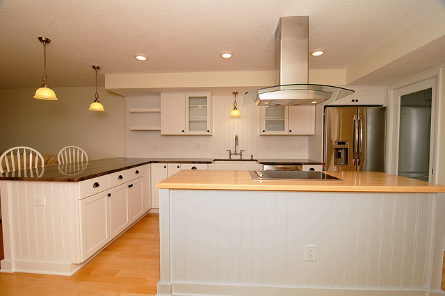 Dunedin condo renovation traditional kitchen tampa for Kitchen design dunedin