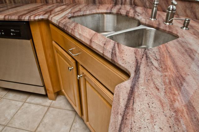 Dunes Granite (Wild Wave Granite/ Aqua Bordeaux Granite) traditional-kitchen
