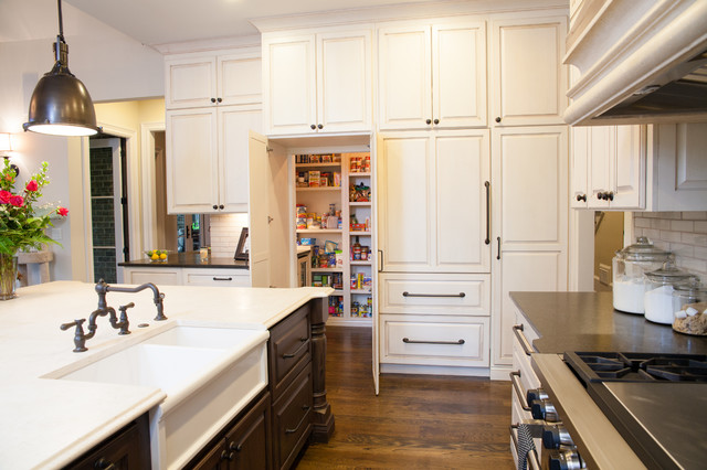 Dunwoody Home traditional-kitchen