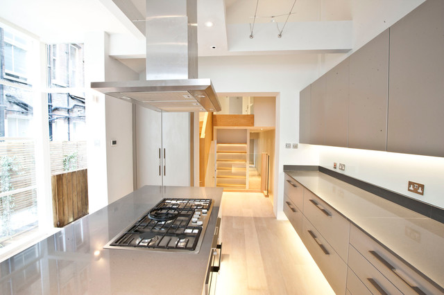 Duplex lancaster gate for F kitchen lancaster