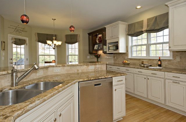 eat in kitchen mid sized traditional u shaped light wood floor and - Living Kitchen Raleigh