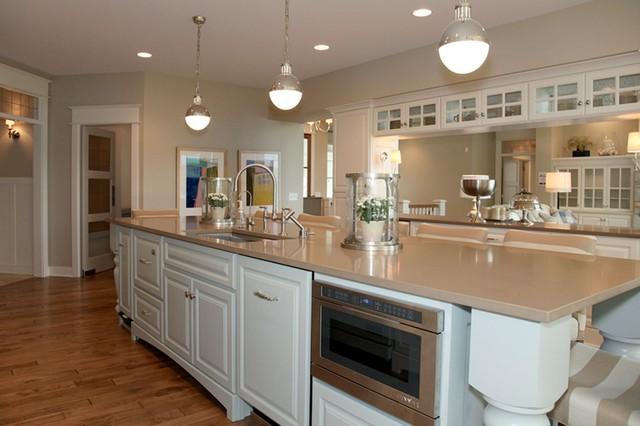Дизайн кухонь в бежевых тонах