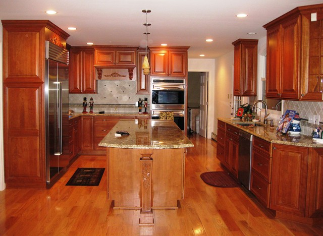 Dynasty by omega cherry cabinetry traditional kitchen for Kitchens by design
