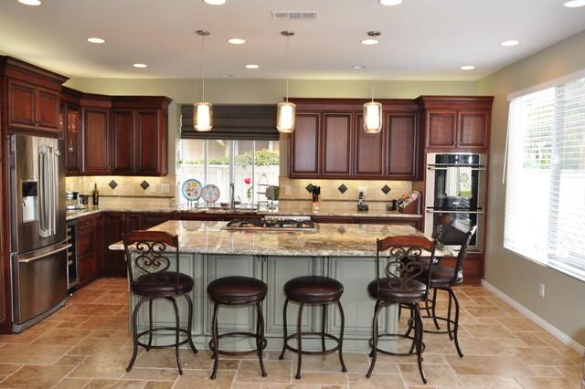ventura kitchens by dynasty cherry wood nutmeg onyx traditional kitchen - Kitchen Etc