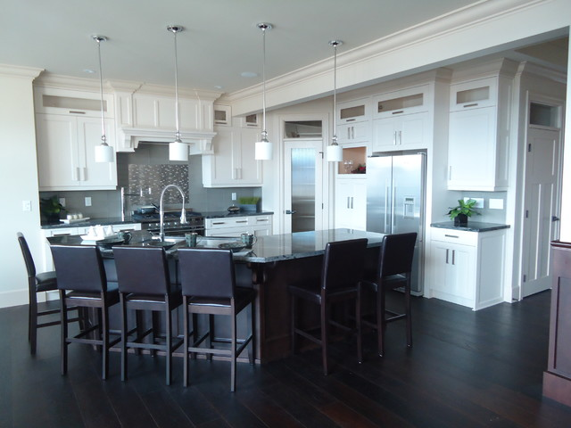 Eagle Mountain Homes Abbotsford traditional-kitchen
