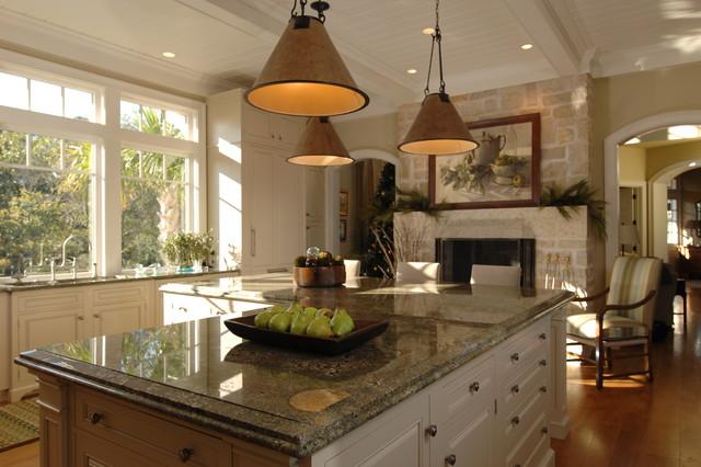 Attractive Traditional Kitchen Designs   Elegant Kitchen Photo In Charleston