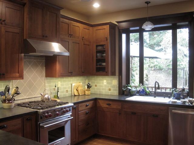 Earthy craftsman kitchen and bath craftsman kitchen for Earthy kitchen designs