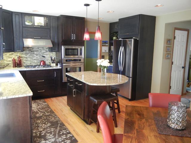 Earthy modern kitchen for Earthy kitchen designs