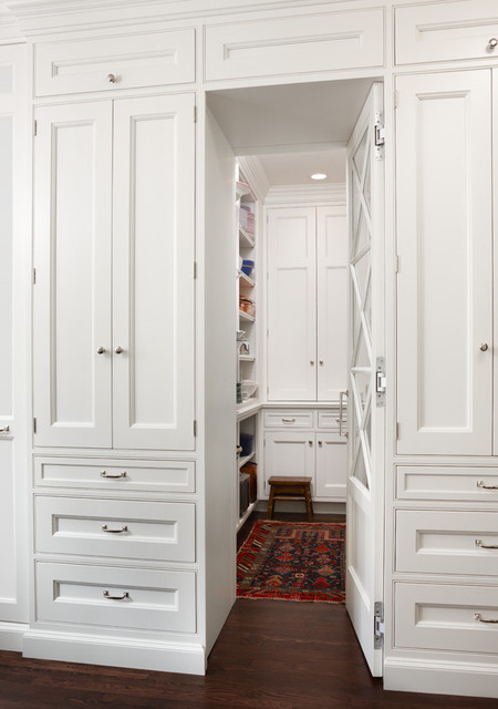 Hidden butlers pantry traditional-kitchen