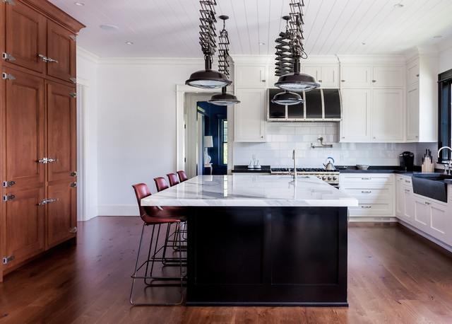 East hampton new york beach style kitchen new york for New york style kitchen