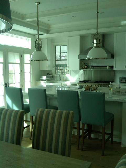 East Hampton retreat traditional-kitchen