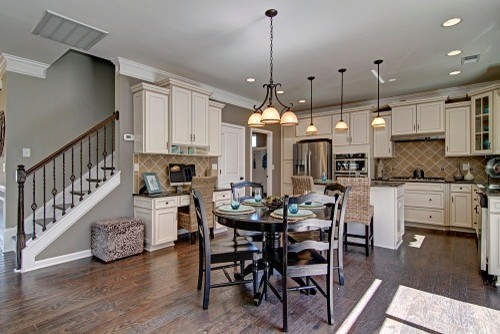 Eastwood Homes Interiors! Traditional Kitchen