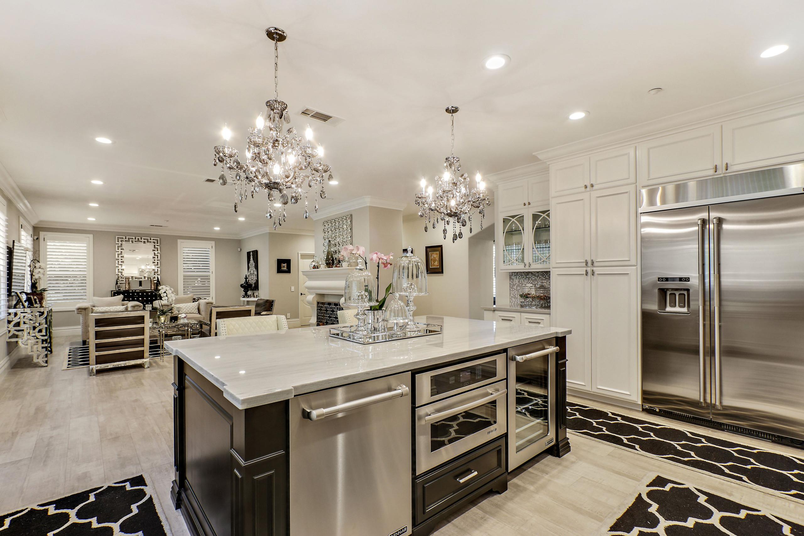Ebony and Ivory Dream Kitchen