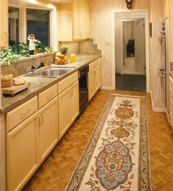 Eclectic corridor kitchen for Corridor kitchen