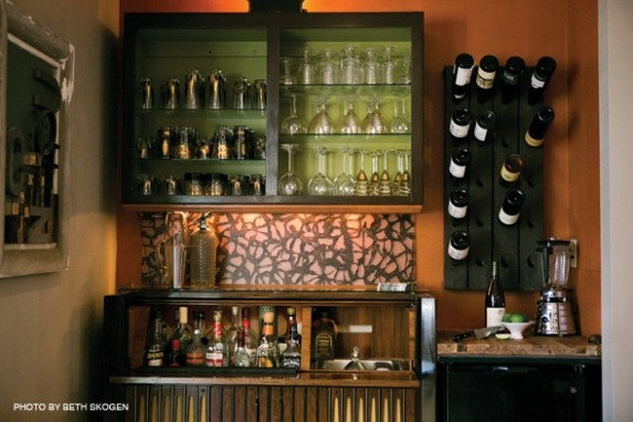 Eclectic Excitement - Eclectic - Kitchen - Milwaukee - by Iconi Interiors