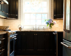 Eclectic Kitchen traditional-kitchen