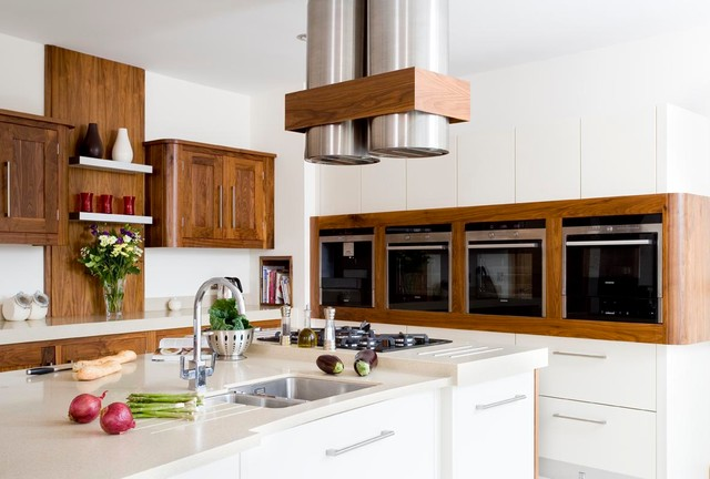 Eclectic Walnut Gloss White Contemporary Kitchen