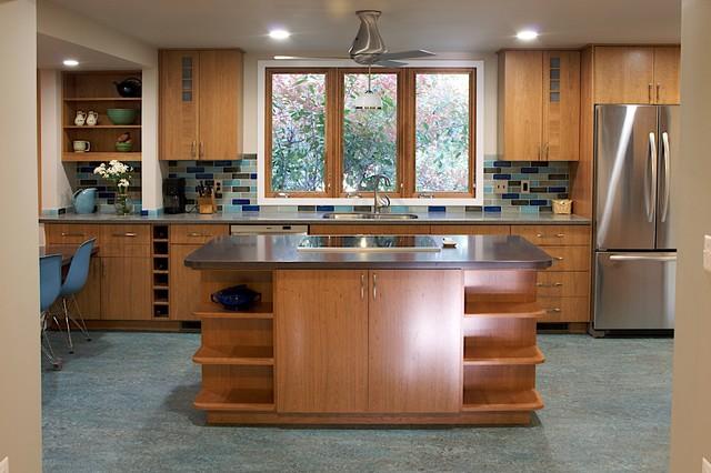 ECOblue kitchen traditional-kitchen