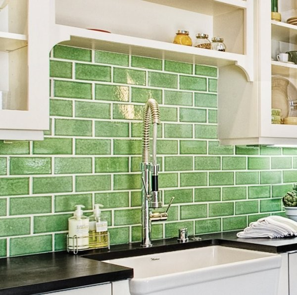 Ecohistorical Homes Kitchen Backsplash / Fireclay Tile