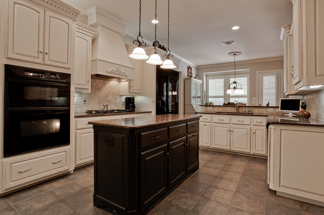 Edgewater Water Damage Restoration Traditional Kitchen Dallas By Dfw Improved