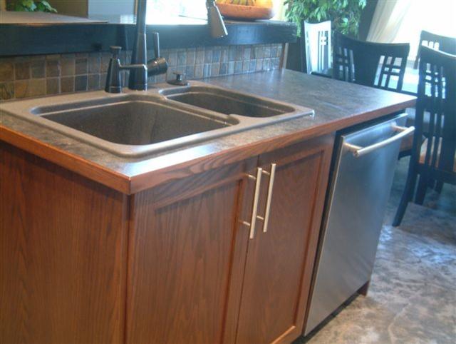 Edgewood traditional-kitchen
