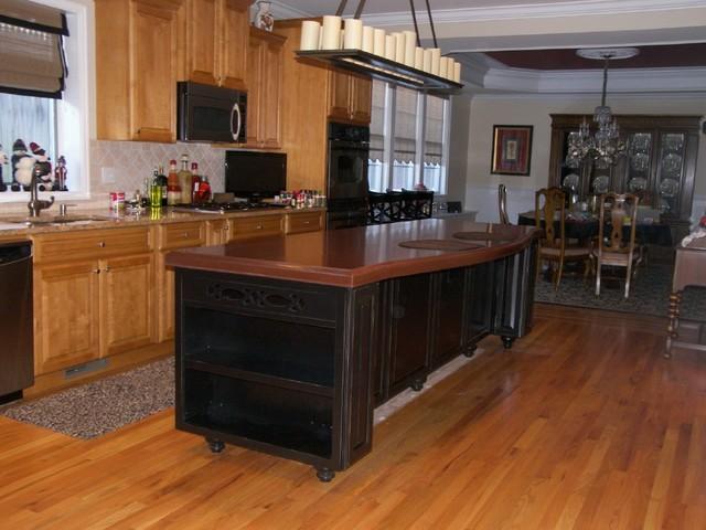 Edko Cabinets traditional-kitchen