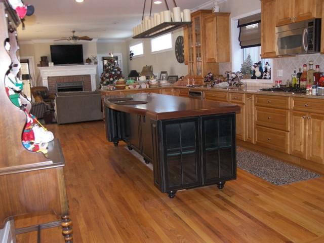 Edko Cabinets,LLC traditional-kitchen