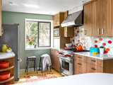 Kitchen of the Week: Colorful Cookware Inspires a New Look (6 photos)