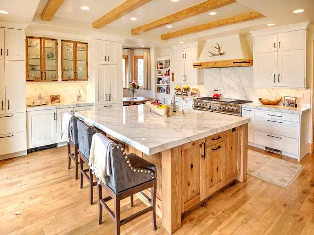 Edwards Co White Painted With French, French White Oak Kitchen Cabinets