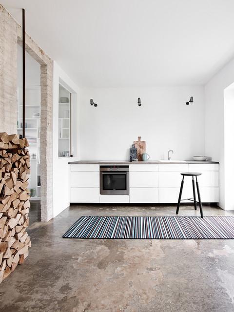 Immagine di una cucina nordica