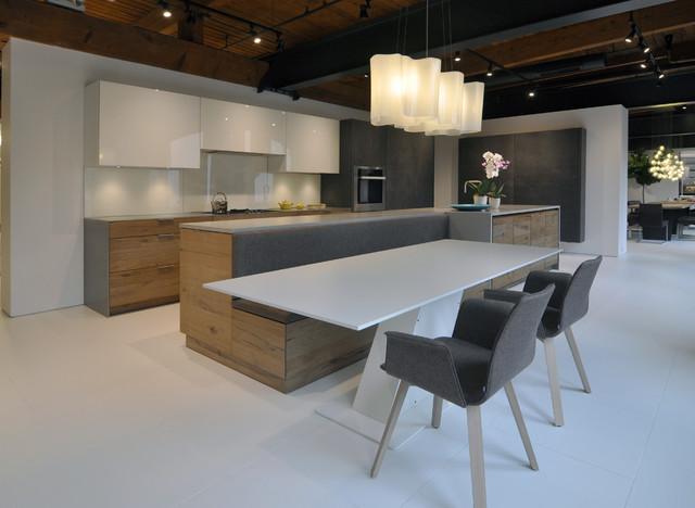 eggersmann showroom chicago il. Black Bedroom Furniture Sets. Home Design Ideas