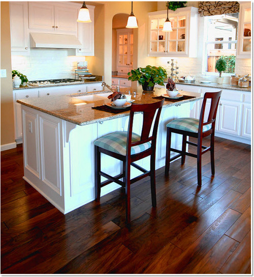 Dirt Cheap Home Decor: Engineered Wood Flooring That Hides Dirt And Water Spots