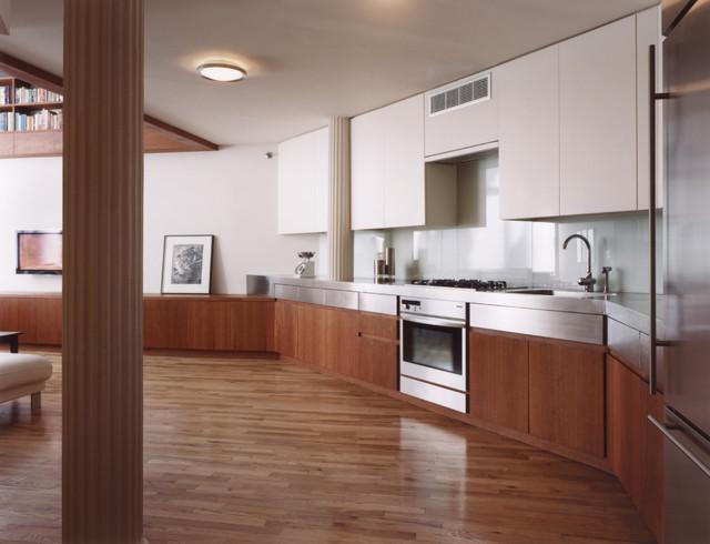 Eiche Residence Kitchen contemporary-kitchen