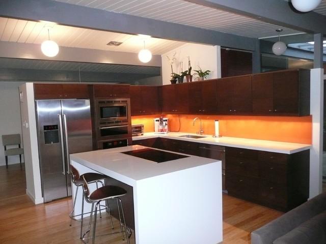 Eichler Kitchen Remodel With Painted Glass Backsplash