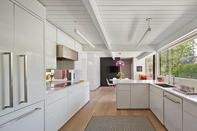 Palo Alto Eichler midcentury-kitchen