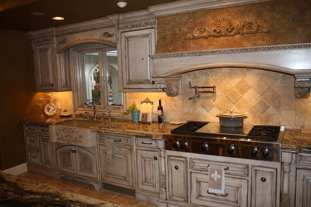 Elaborate Kitchens traditional-kitchen