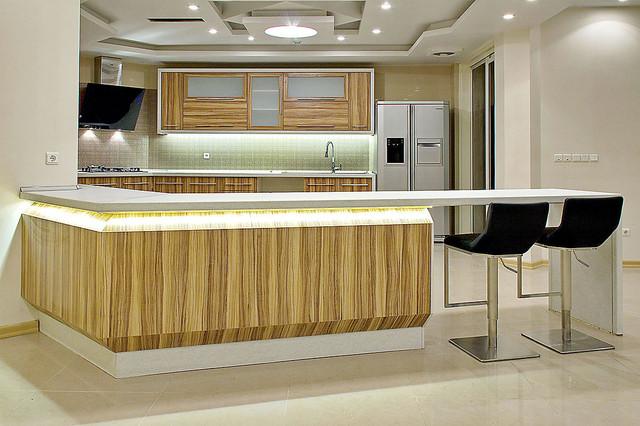 ELAHIEH HOUSE modern-kitchen