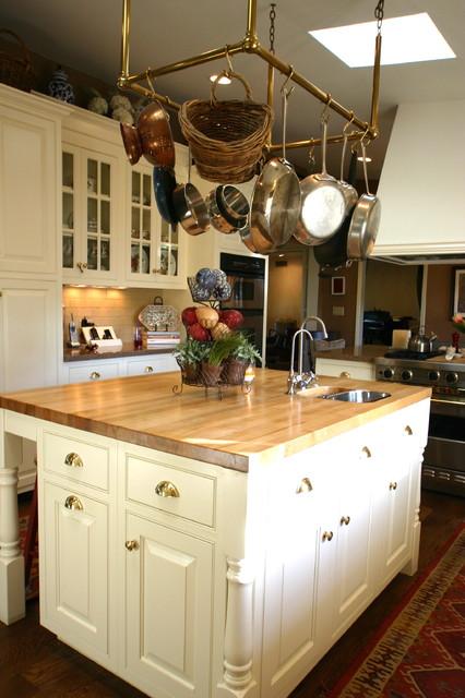 Elba Residence traditional-kitchen