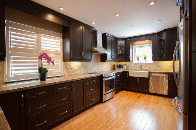 Elegant kitchen design layout brampton kitchen for Elegant kitchen designs