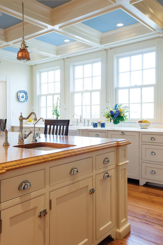 Farmhouse kitchen photo in Boston