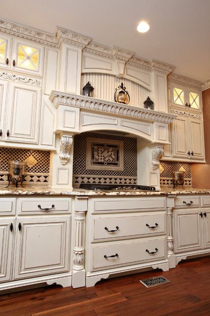 Elegant traditional kitchen remodel for Elegant traditional kitchens