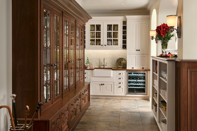Elegant Traditions traditional-kitchen