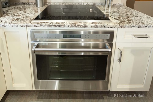 can put a wall oven under my cooktop without any trouble?