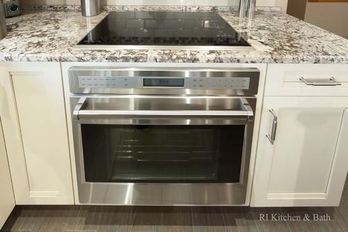 Cooktop With Oven Below
